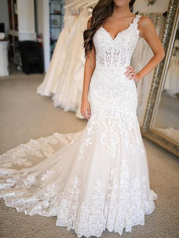Stylish Mermaid Tulle V-neck Sleeveless Sweep/Brush Train Wedding Dress