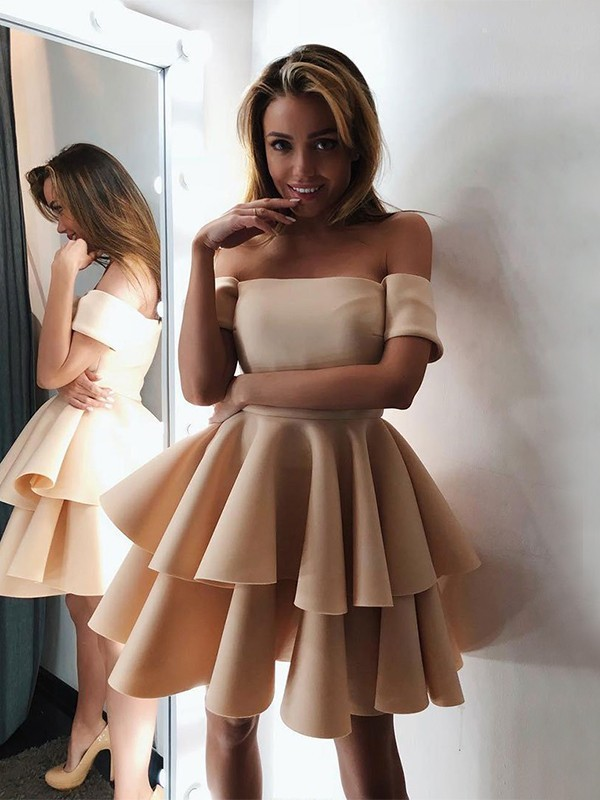 Stunning A-Line Satin Off-the-Shoulder Sleeveless Short/Mini Homecoming Dress