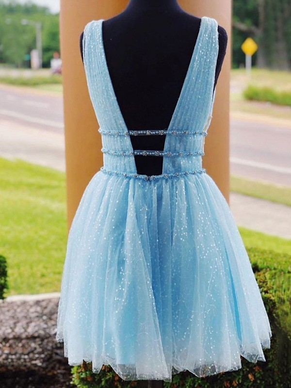 Beautiful A-Line Tulle V-neck Sleeveless Short/Mini Homecoming Dress