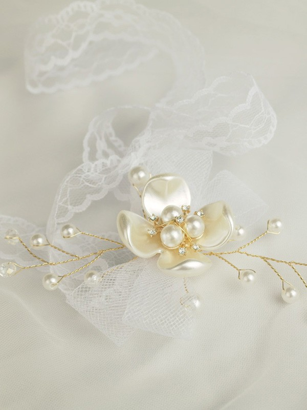 Hand-tied Imitation Pearl Wrist Wedding Prom Corsage